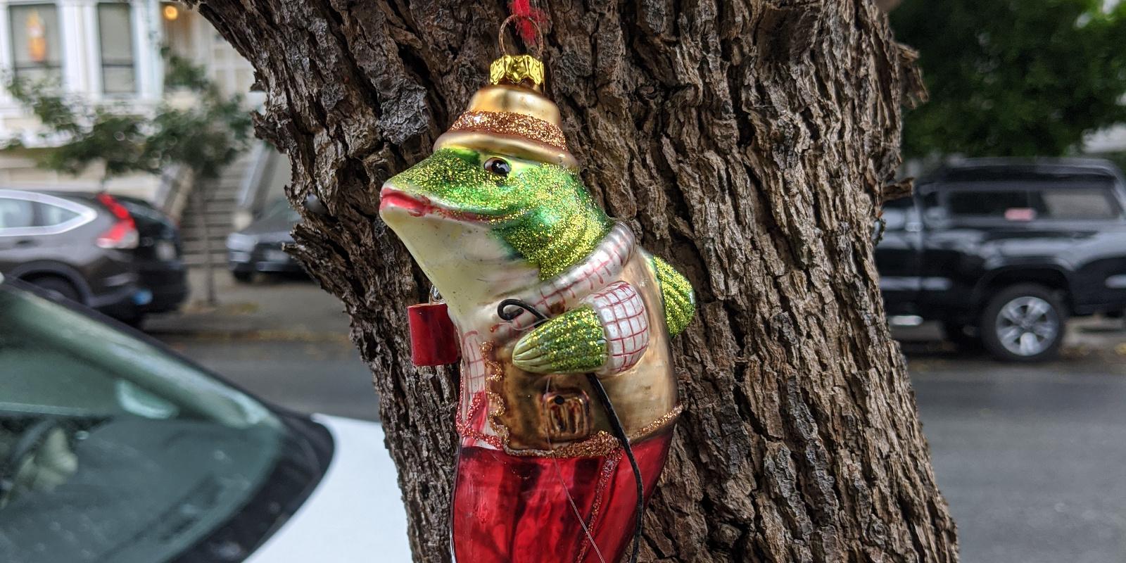 picture: fish ornament